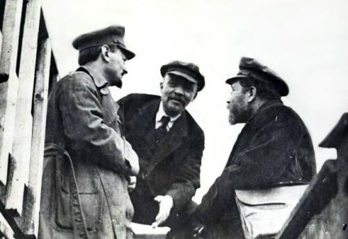 1919-Trotsky-Lenin-Kamenev-Party-Congress.jpg