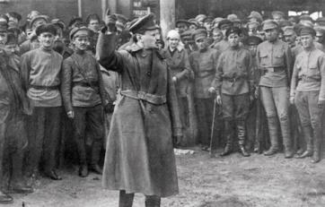 trotsky armée rouge.jpg