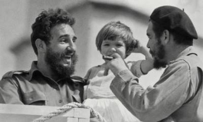 Fidel-Castro-with-Che-Gue-001.jpg