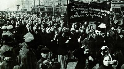 femmes-revolution-russe.jpg