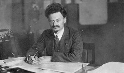 trotsky1918.jpg
