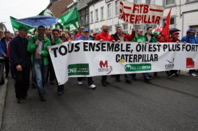 manif caterpillar.jpg