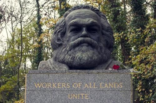 Marx tombe.jpg